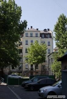 Продам нежилую недвижимость Киев, Сечевых Стрельцов ул. 3