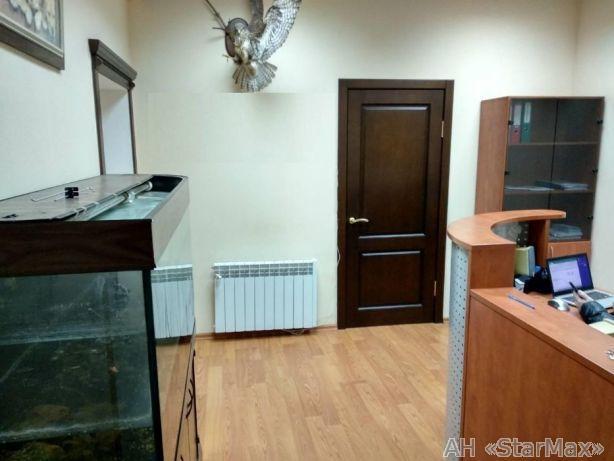 Продам офис в офисном центре Киев, Оболонская ул.