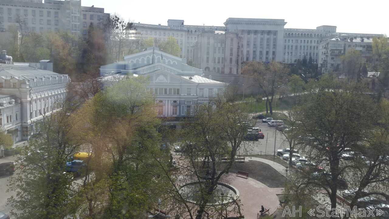 Фото 2 - Продам квартиру Киев, Станиславского ул.