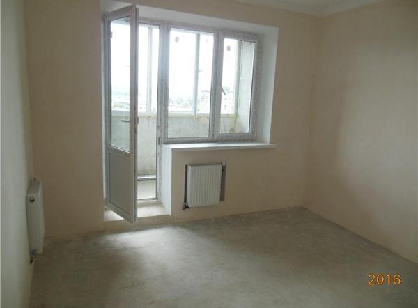 Продам квартиру Песочин