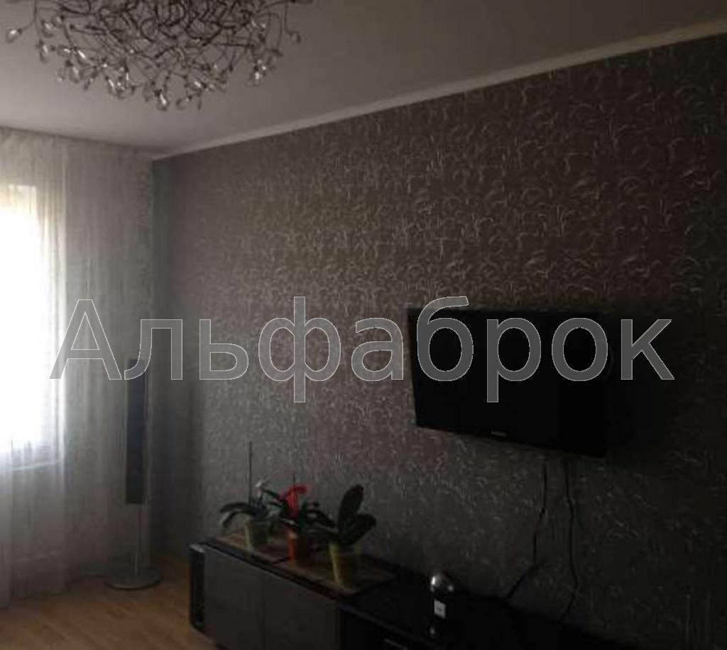 Продам квартиру Киев, Оболонский пр-т 2