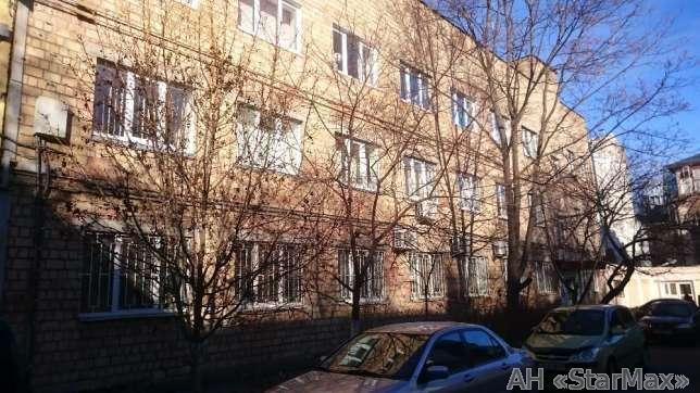 Продам офисное помещение Киев, Сагайдачного Петра ул.