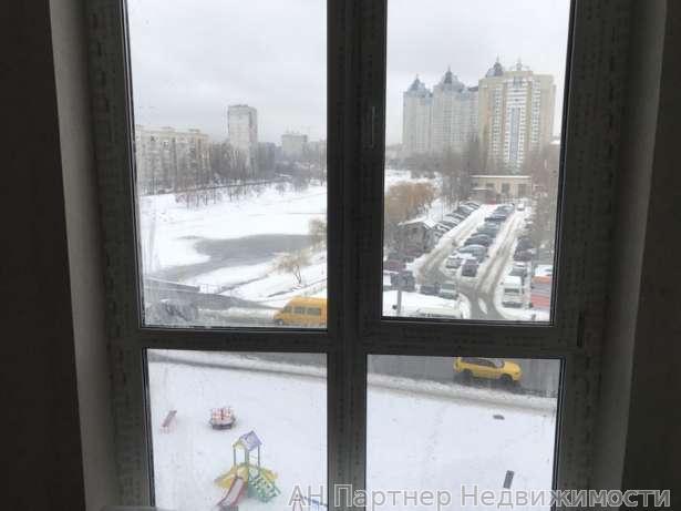Продам квартиру Киев, Воссоединения пр-т 2