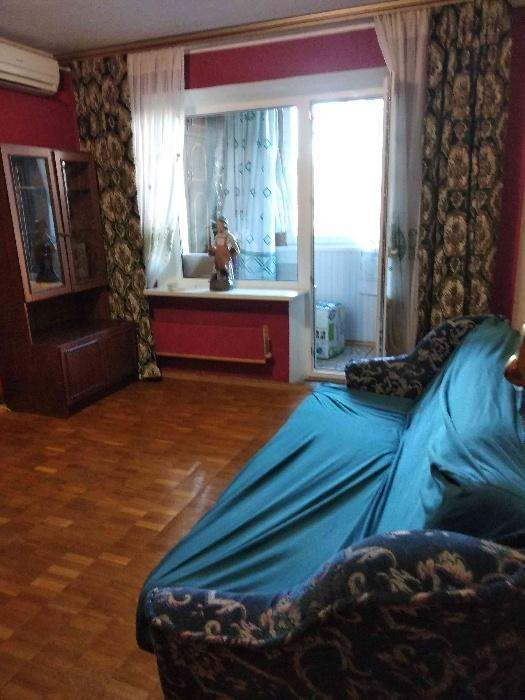 Сдам квартиру Киев, Салютная ул.