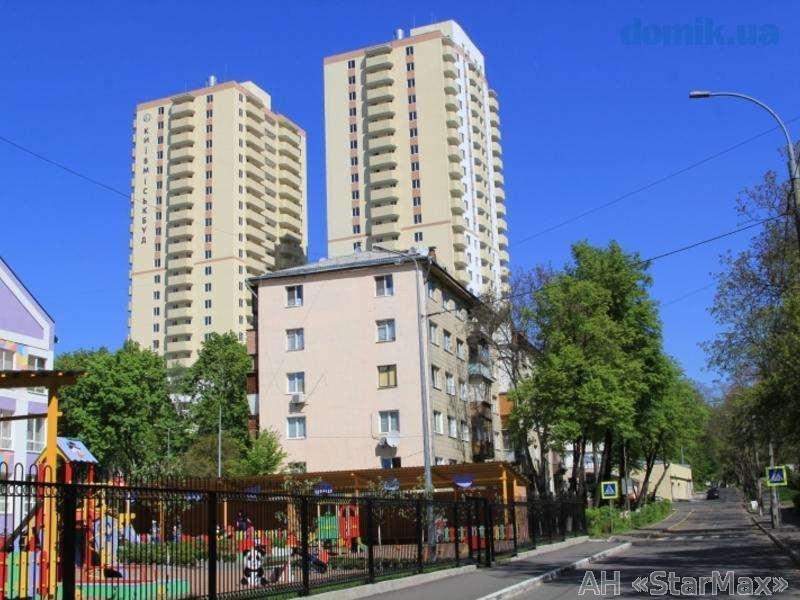 Продам квартиру Киев, Гарматная ул. 2