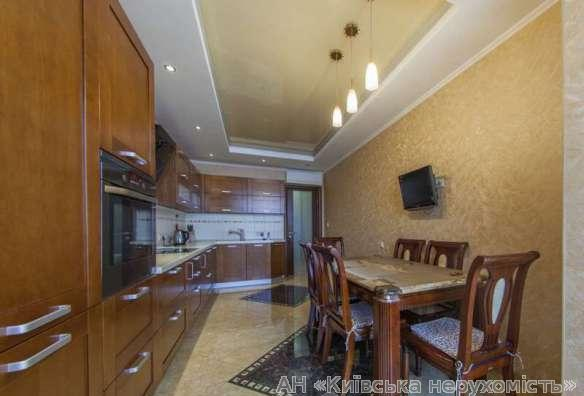 Продам квартиру Киев, Конева Маршала ул. 5
