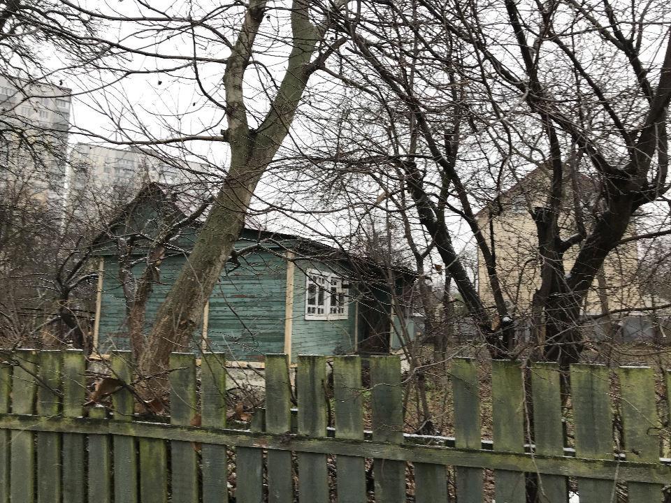 Продам участок с ветхим домом Киев, Лучистая ул.