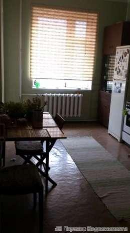 Продам квартиру Киев, Срибнокильская ул. 2