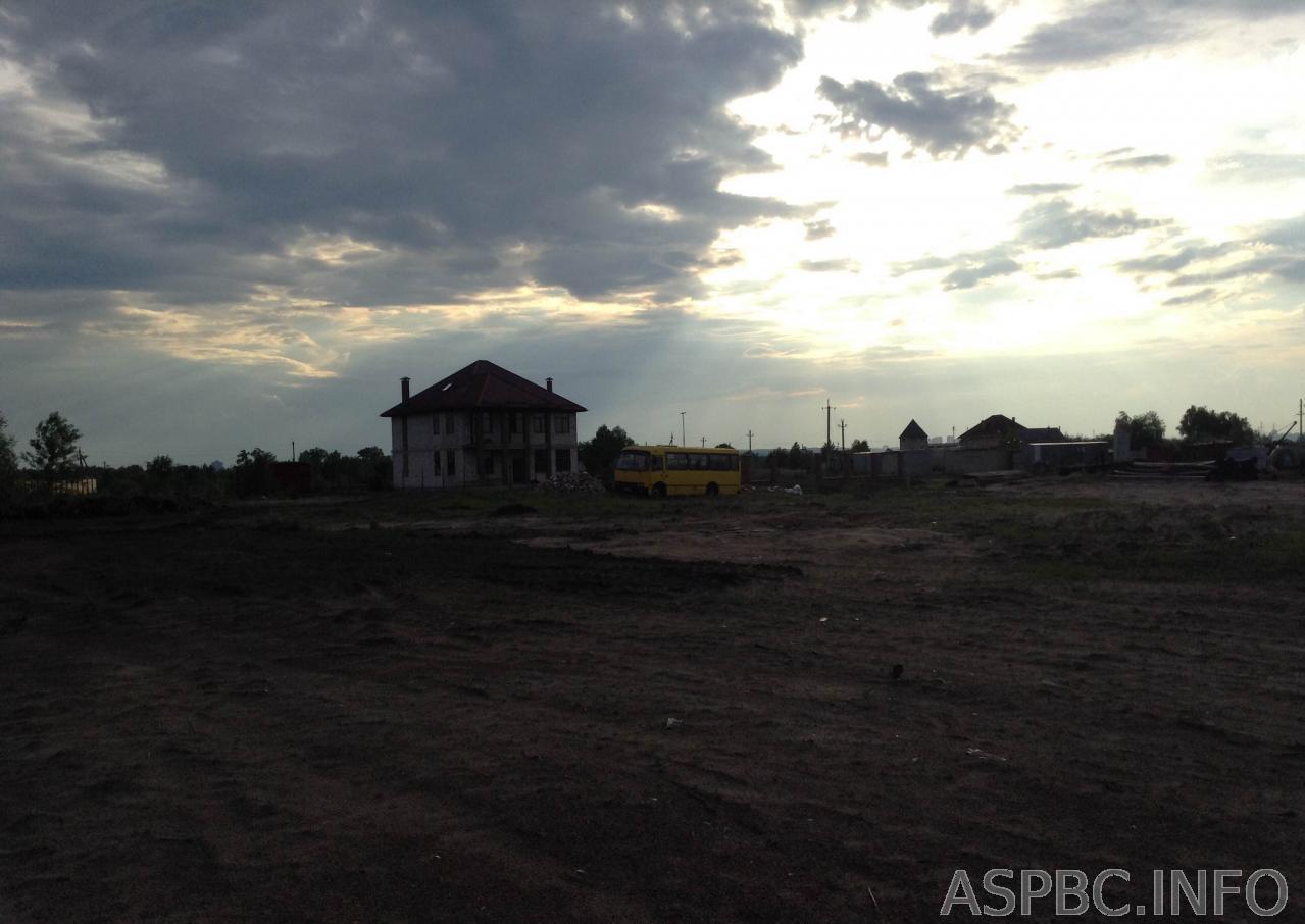 Продам участок под застройку частного дома Киев