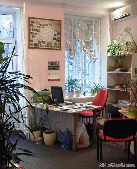 Продам квартиру Киев, Тарасовская ул. 3