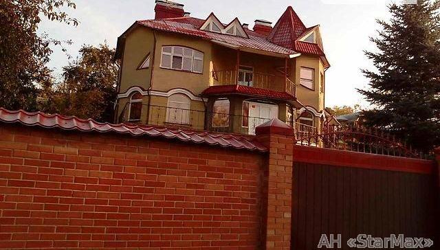 Продам особняк Киев, Кобзарская ул.