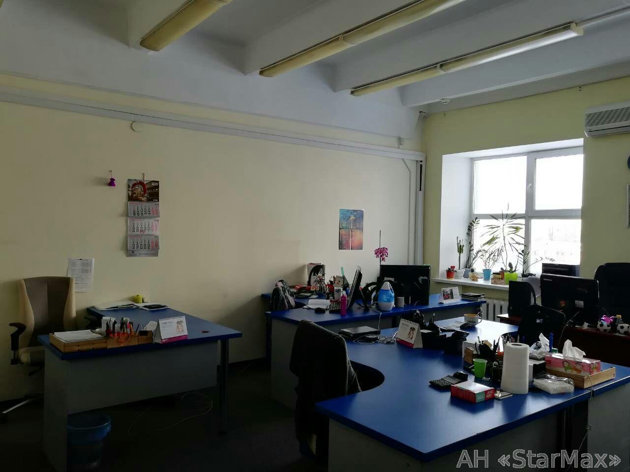 Сдам офис в офисном центре Киев, Сурикова ул.