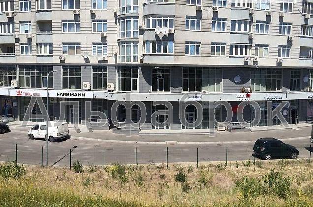 Продам торговое помещение Киев, Героев Сталинграда пр-т