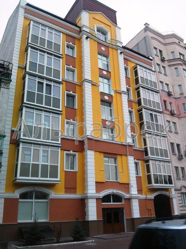 Продам отель Киев, Юрковская ул. 4