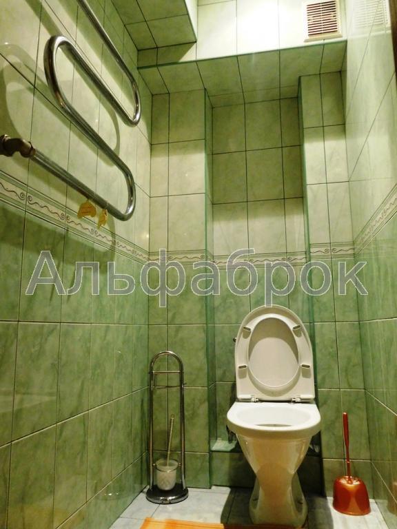Продам офис в многоквартирном доме Киев, Белецкого Академика ул. 5