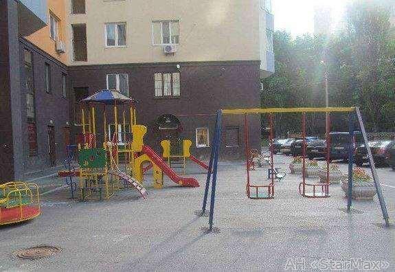 Фото 5 - Продам квартиру Киев, Борщаговская ул.