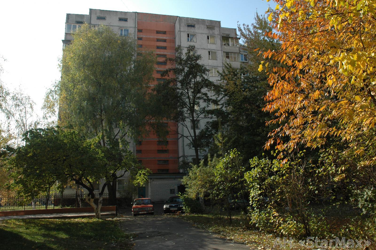 Продам квартиру Киев, Правды пр-т 4