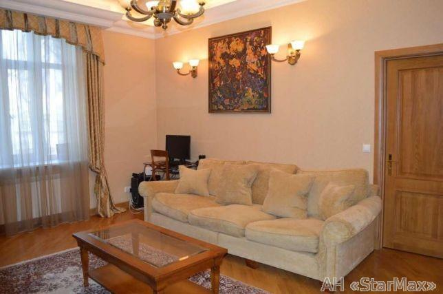 Продам квартиру Киев, Банковая ул.