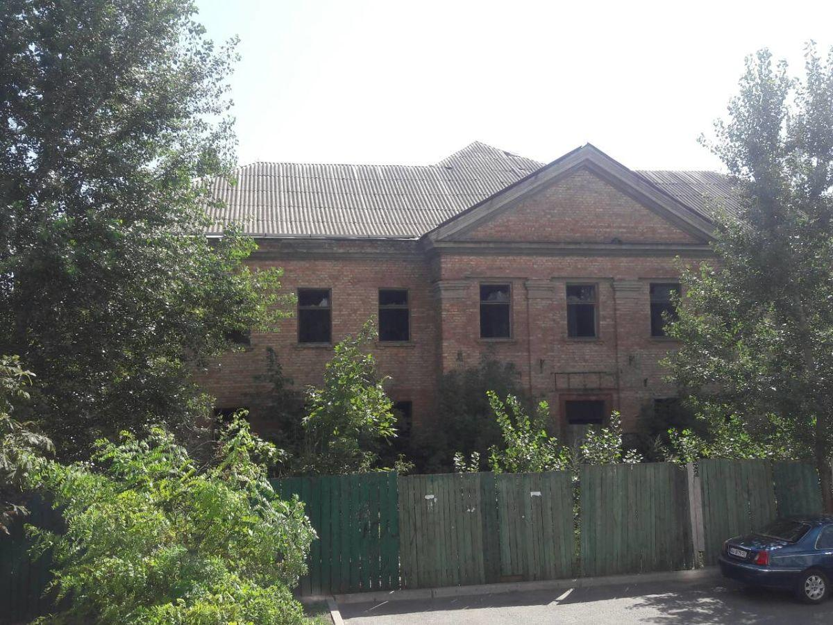 Продам офисное здание Киев, Вересневая ул.