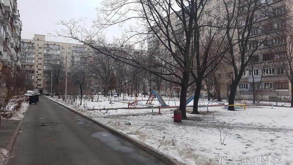 Продам квартиру Киев, Малышко Андрея ул. 5