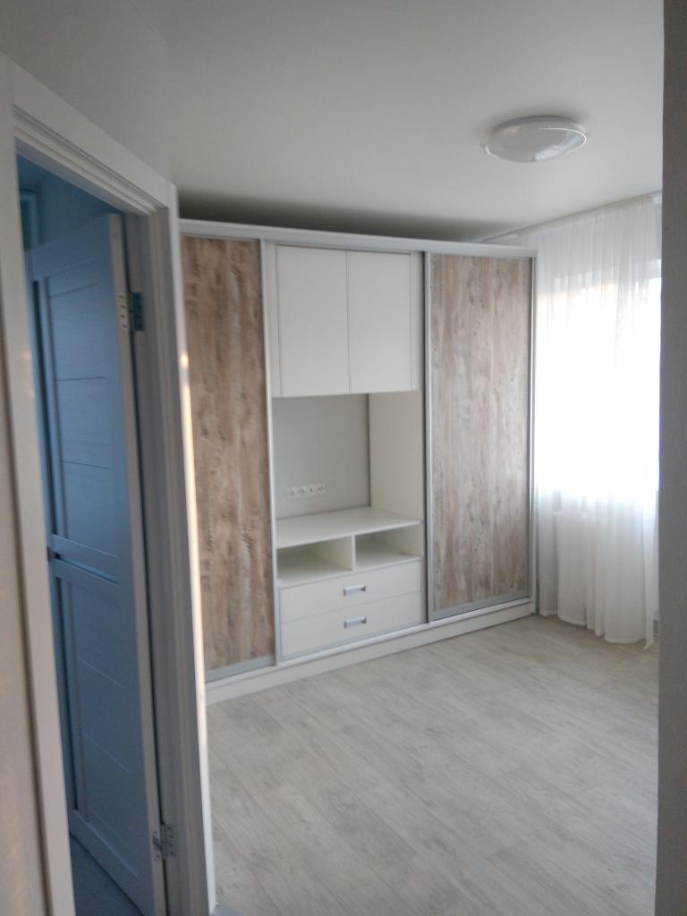 Продам квартиру Днепропетровск, Хмельницкого Б. ул.