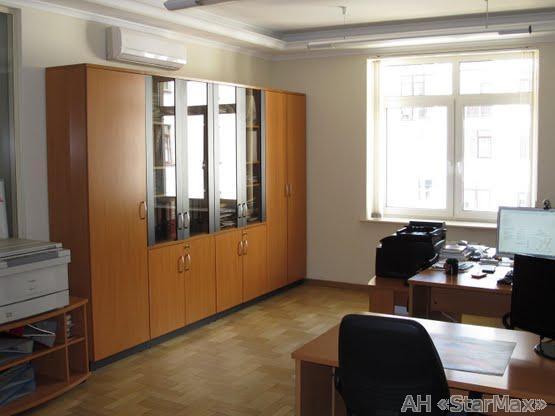 Продам квартиру Киев, Щекавицкая ул. 3