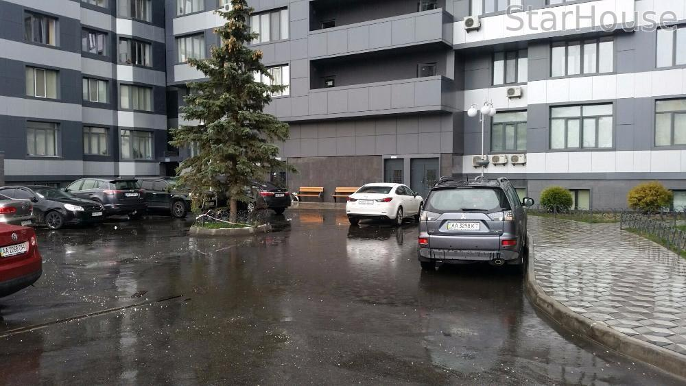 Продам квартиру Киев, Завальная ул. 3