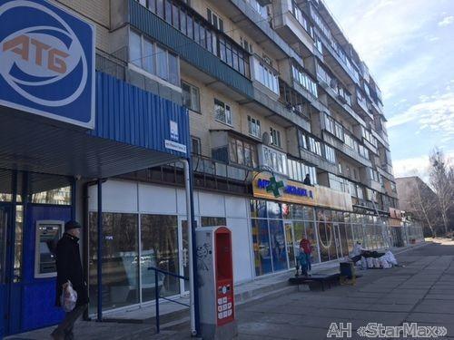 Продам офис в многоквартирном доме Киев, Гречко Маршала ул. 2
