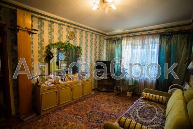 Продам квартиру Киев, Белорусская ул.