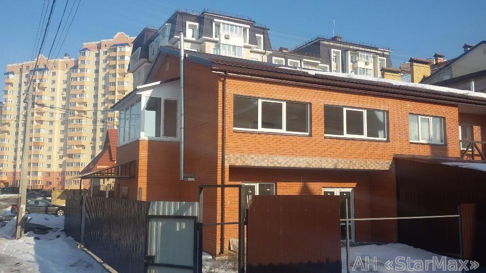 Продам квартиру Буча, Героев Крут ул.