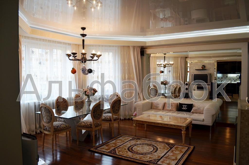 Продам апартаменты Киев, Никольско-Слободская ул.