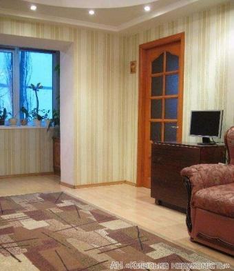 Продам квартиру Киев, Борщаговская ул. 2