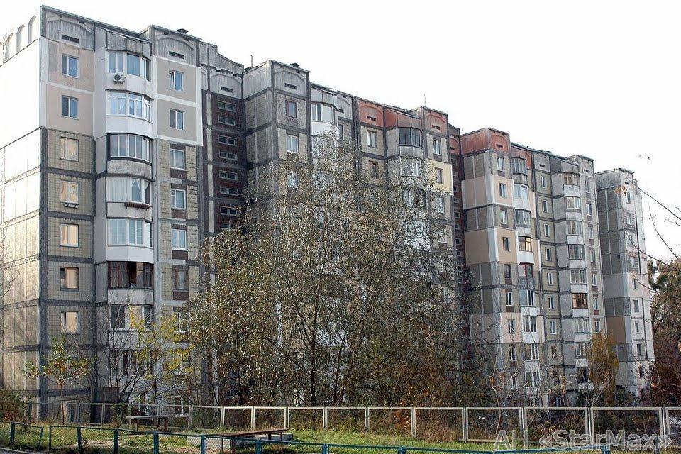 Фото - Продам квартиру Киев, Курская ул.