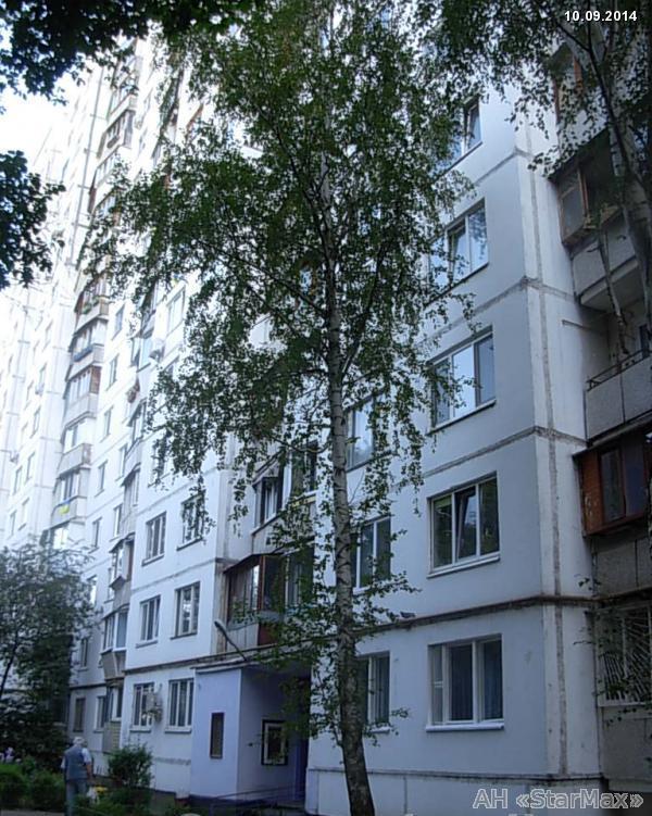 Фото - Продам квартиру Киев, Полярная ул.
