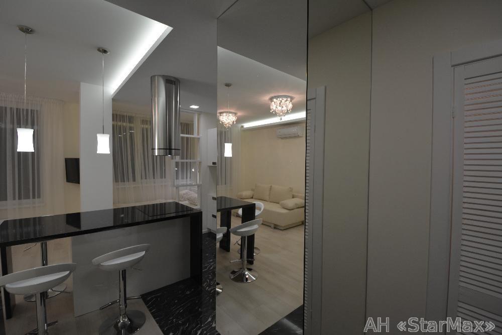 Продам квартиру Киев, Богатырская ул. 3