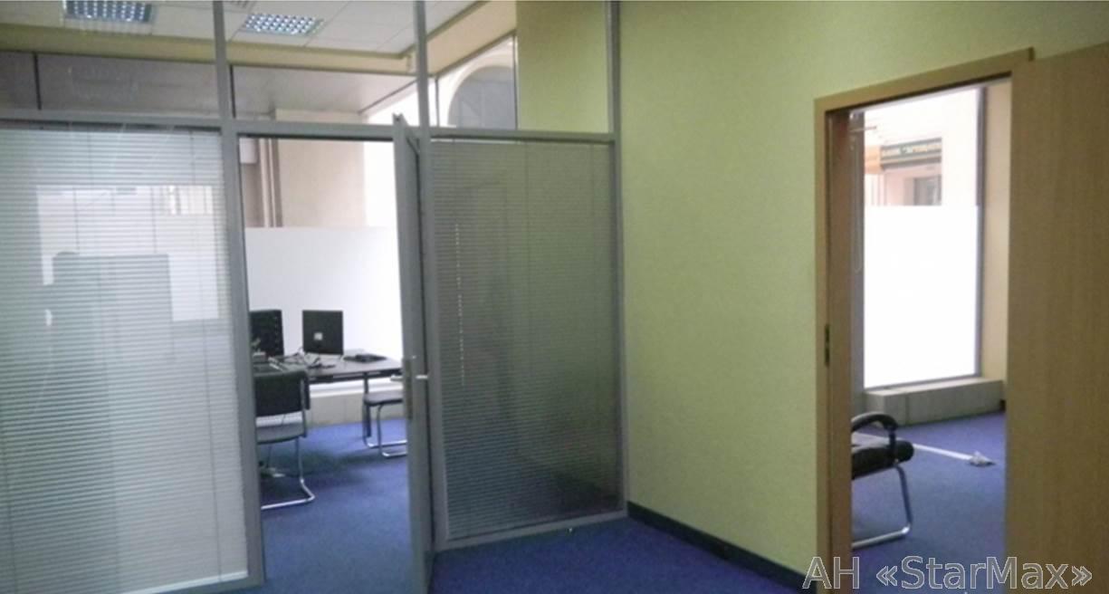 Сдам офис в офисном центре Киев, Ильинская ул.