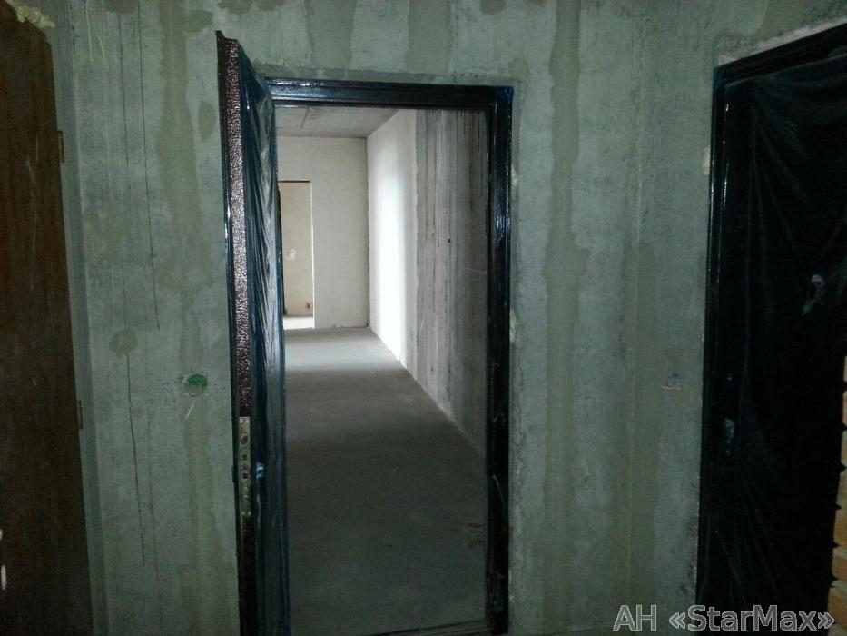 Продам квартиру Киев, Пономарева ул. 3