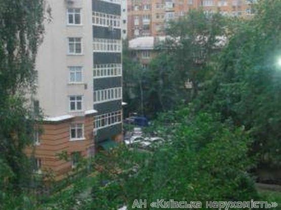 Фото - Продам квартиру Киев, Ризницкого ул.