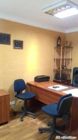 Продам офис в многоквартирном доме Киев, Харьковское шоссе