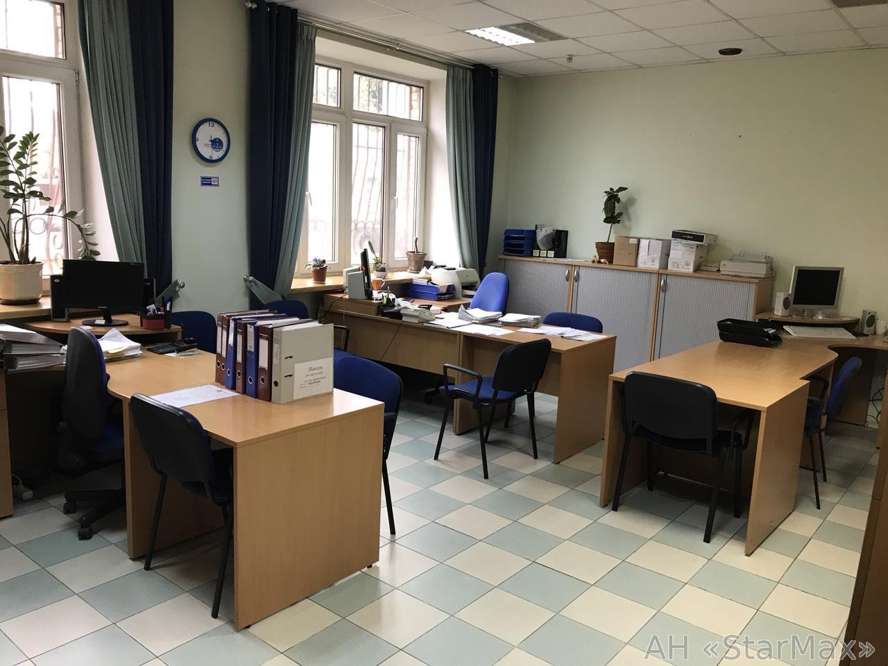 Сдам офис в многоквартирном доме Киев, Кудрявская ул.