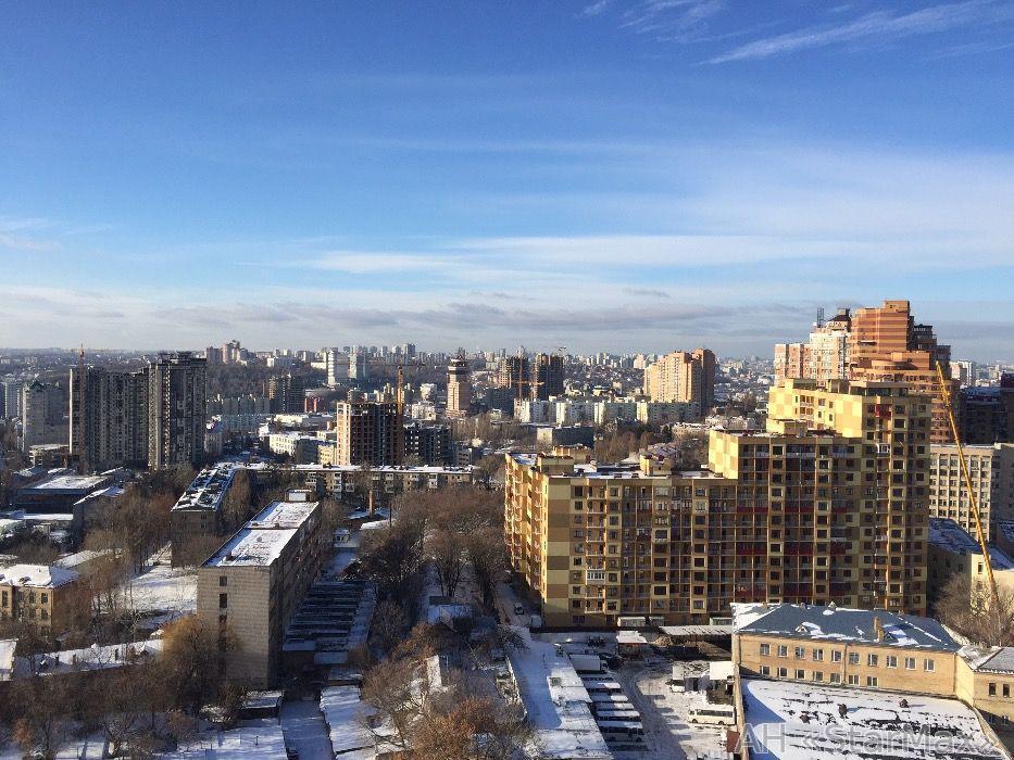 Фото 3 - Продам квартиру Киев, Евгения Коновальца ул.