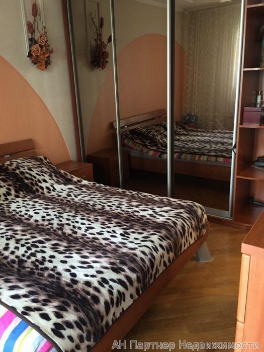 Продам квартиру Киев, Княжий Затон ул. 2