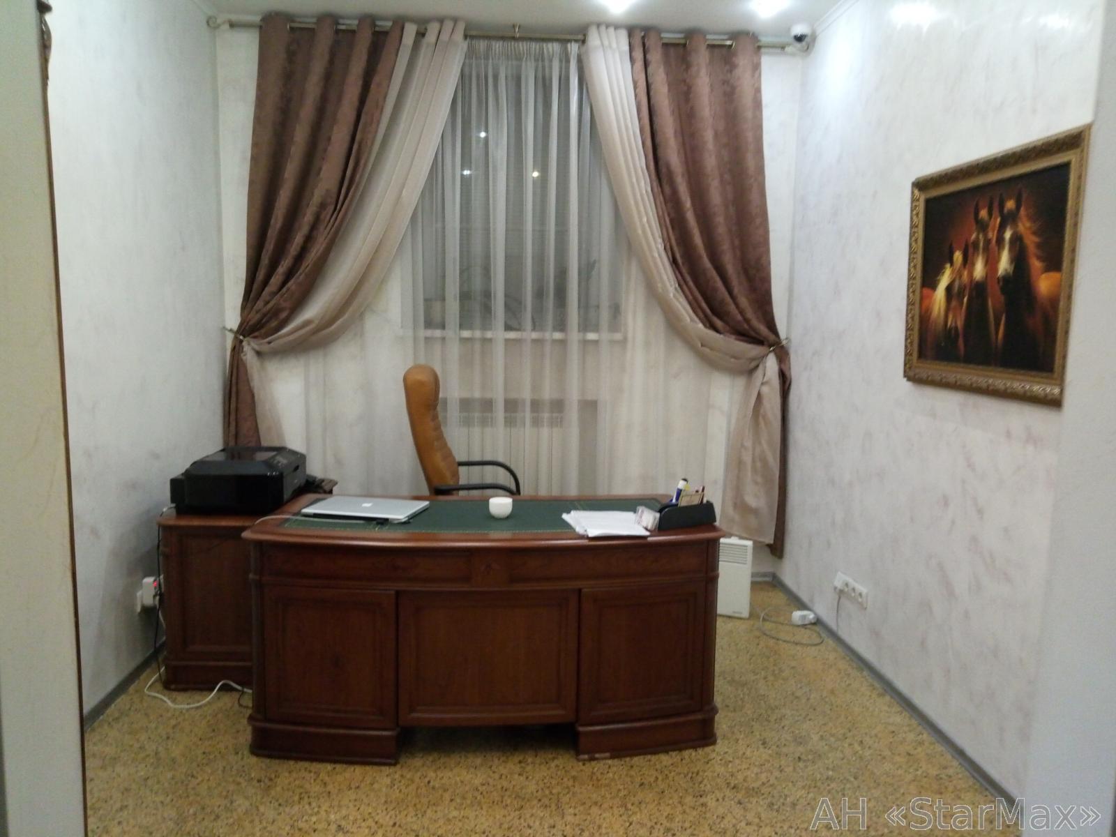 Продам офисное помещение Киев, Кропивницкого ул. 2