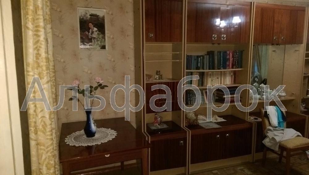 Продам квартиру Киев, Симиренко ул.