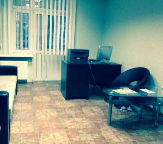 Сдам офис в многоквартирном доме Киев, Дружбы Народов бул.
