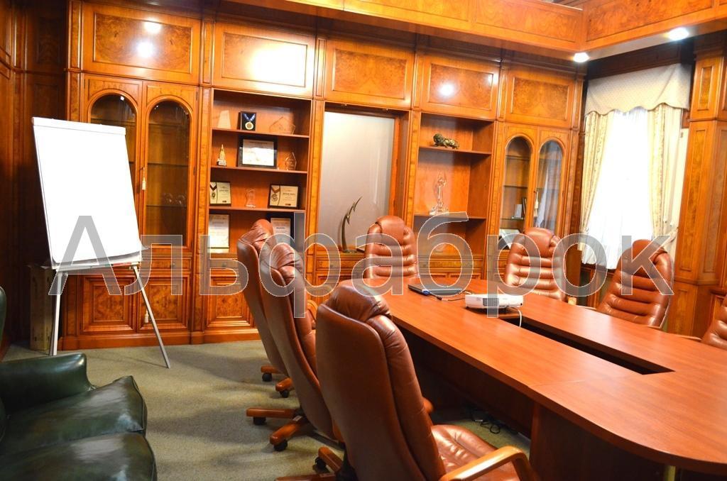 Продам офисное здание Киев, Петлюры Симона ул. 3
