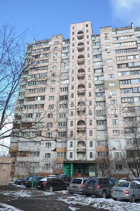 Продам квартиру Киев, Ужвий Наталии ул.