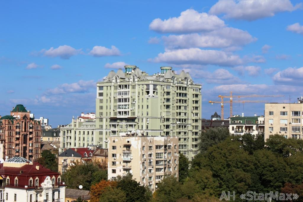 Фото - Продам квартиру Киев, Хмельницкого Богдана ул.