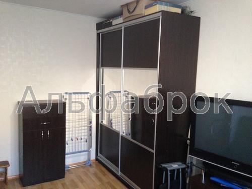 Продам гостинку Киев, Мукачевская ул.