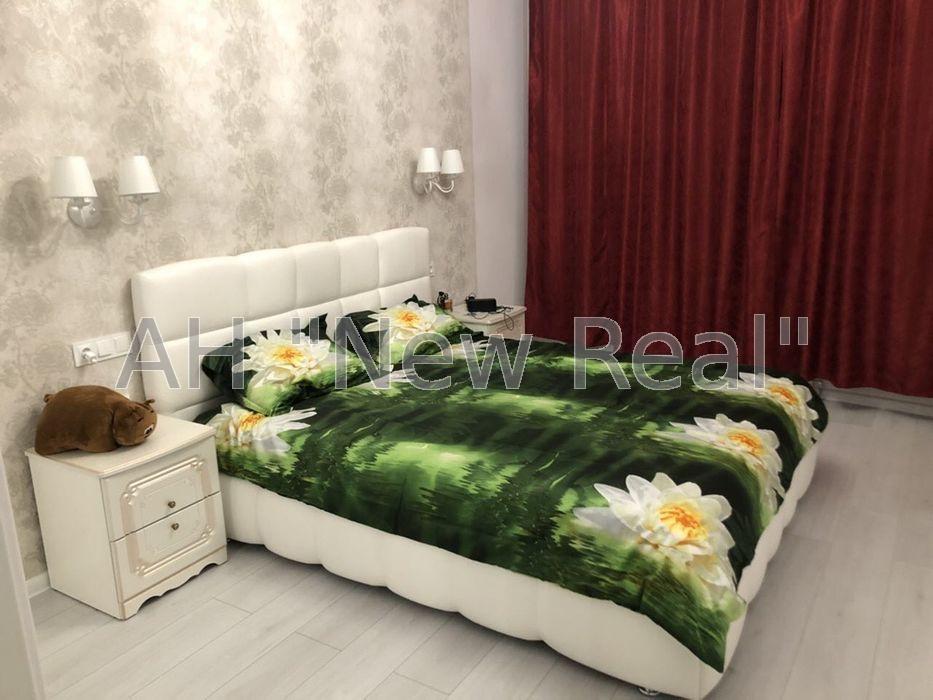 Продам квартиру Киев, Охотская ул.